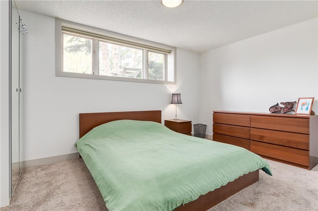 Photo 29: 2028 GLENWOOD Drive SW in Calgary: Glendale House for sale : MLS® # C4129195