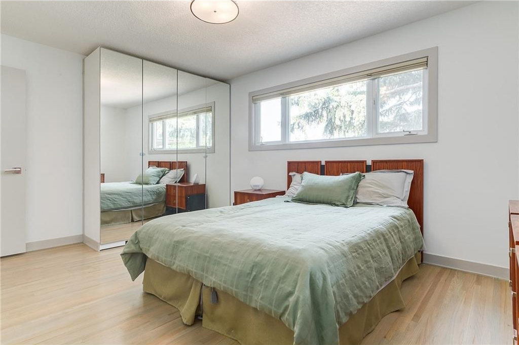 Photo 19: 2028 GLENWOOD Drive SW in Calgary: Glendale House for sale : MLS® # C4129195