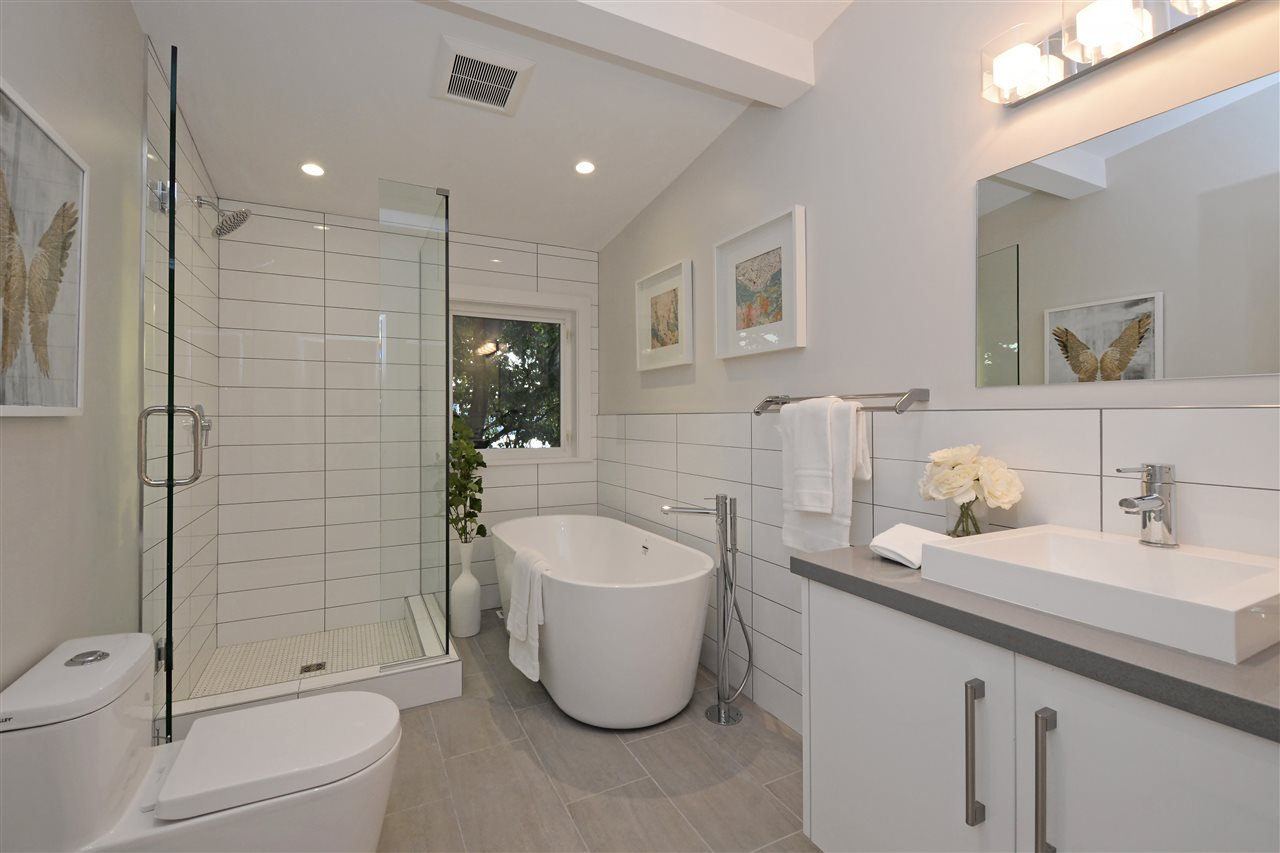 Photo 10: 2317 WALL Street in Vancouver: Hastings House for sale (Vancouver East)  : MLS® # R2204404