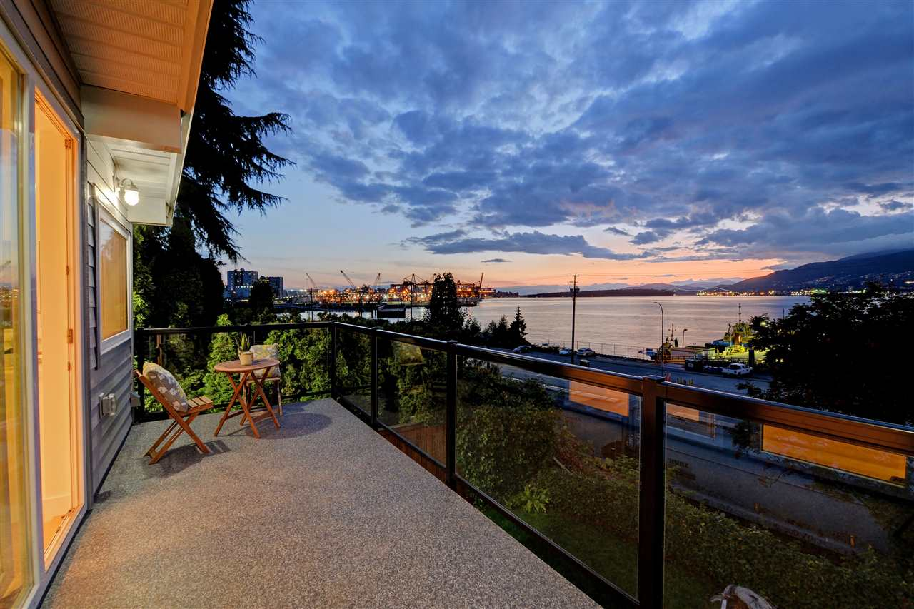 Photo 18: 2317 WALL Street in Vancouver: Hastings House for sale (Vancouver East)  : MLS® # R2204404