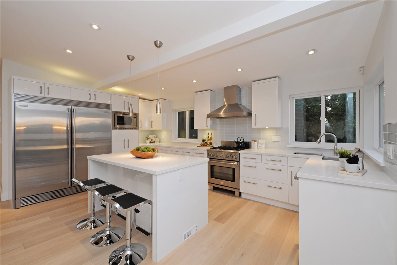 Photo 7: 2317 WALL Street in Vancouver: Hastings House for sale (Vancouver East)  : MLS® # R2204404