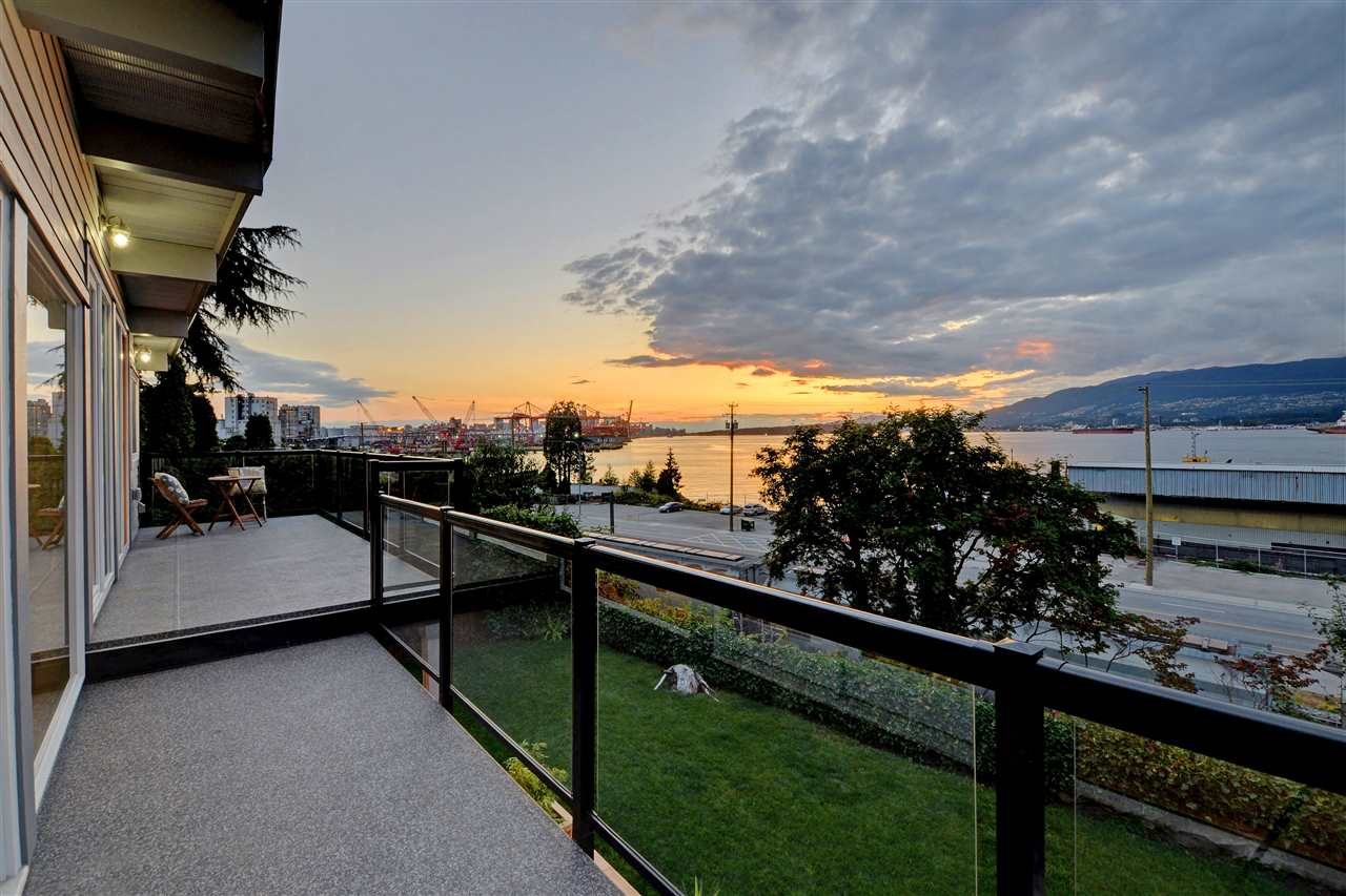 Photo 16: 2317 WALL Street in Vancouver: Hastings House for sale (Vancouver East)  : MLS® # R2204404