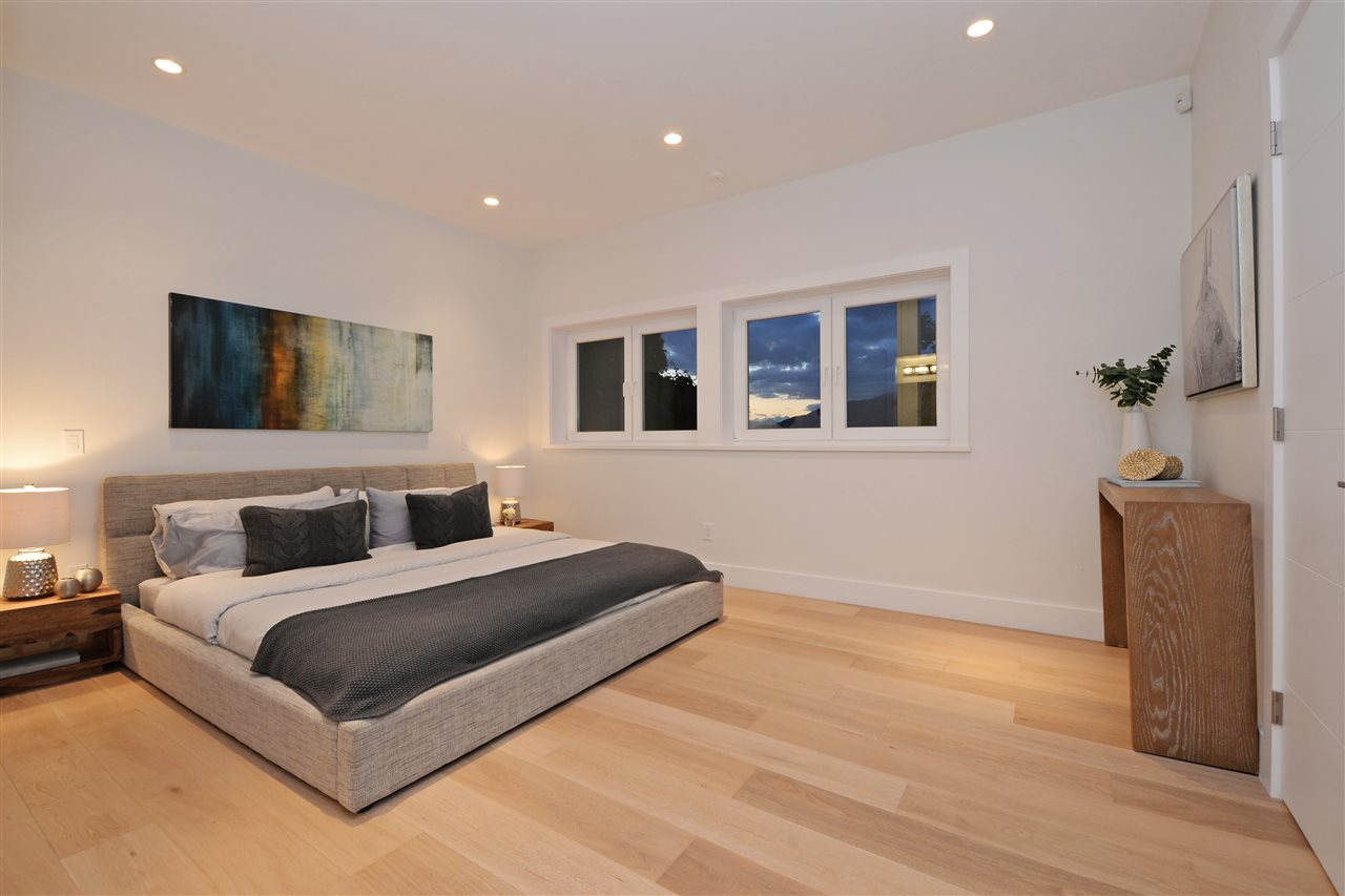 Photo 12: 2317 WALL Street in Vancouver: Hastings House for sale (Vancouver East)  : MLS® # R2204404