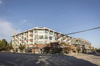 Main Photo: 305 5211 GRIMMER Street in Burnaby: Metrotown Condo for sale (Burnaby South)  : MLS® # R2214033