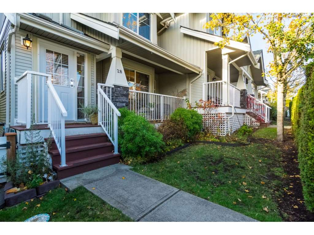 "Photo 18: Photos: 28 6568 193B Street in Surrey: Clayton Townhouse for sale in ""Belmont"" (Cloverdale)  : MLS® # R2220441"