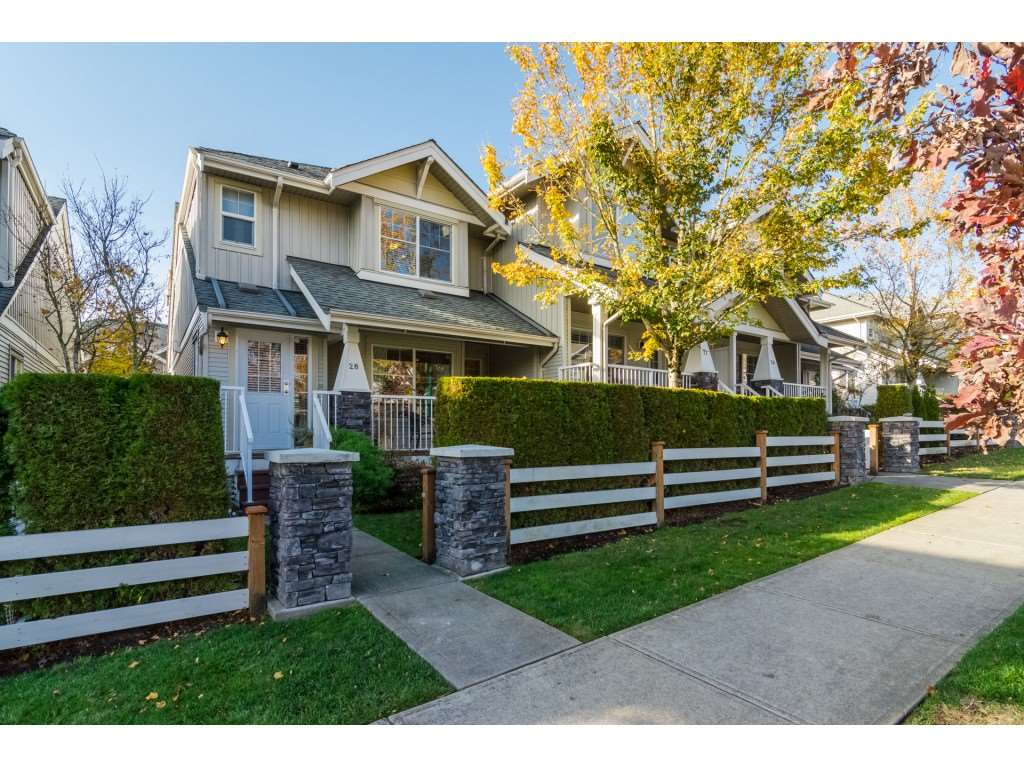 "Photo 1: Photos: 28 6568 193B Street in Surrey: Clayton Townhouse for sale in ""Belmont"" (Cloverdale)  : MLS® # R2220441"