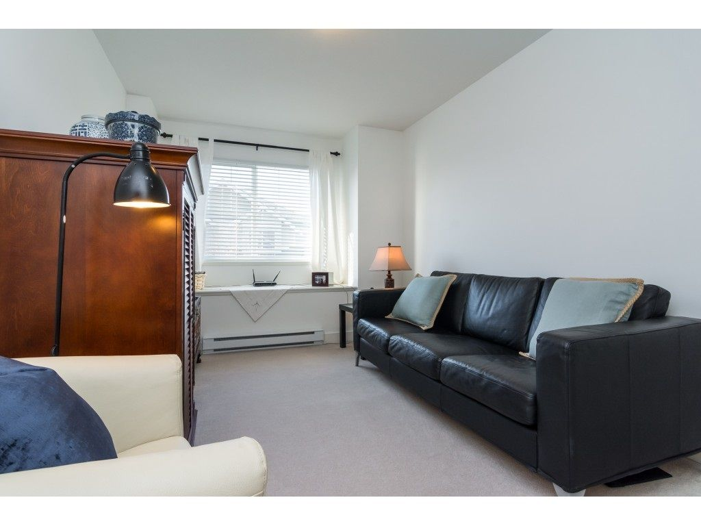 "Photo 15: Photos: 28 6568 193B Street in Surrey: Clayton Townhouse for sale in ""Belmont"" (Cloverdale)  : MLS® # R2220441"