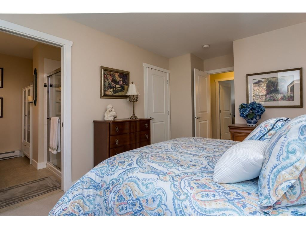 "Photo 12: Photos: 28 6568 193B Street in Surrey: Clayton Townhouse for sale in ""Belmont"" (Cloverdale)  : MLS® # R2220441"
