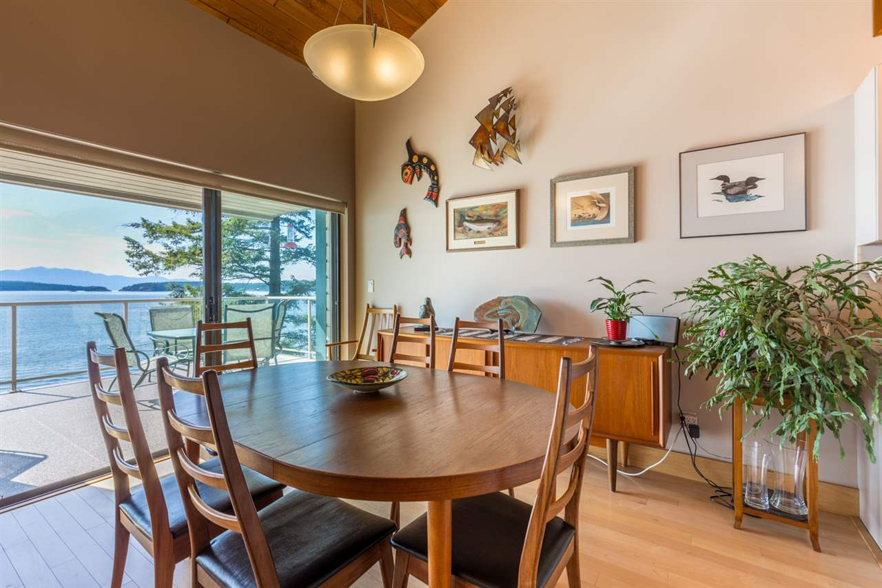 Photo 10: Photos: 8605 REDROOFFS Road in Halfmoon Bay: Halfmn Bay Secret Cv Redroofs House for sale (Sunshine Coast)  : MLS® # R2236253