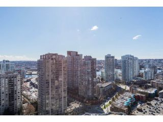 "Main Photo: 2604 909 MAINLAND Street in Vancouver: Yaletown Condo for sale in ""Yaletown Park 2"" (Vancouver West)  : MLS® # R2248574"