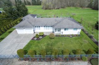 Main Photo: 25817 40 Avenue in Langley: Salmon River House for sale : MLS®# R2252625