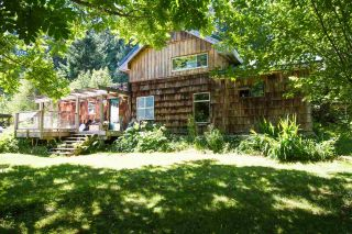 Main Photo: 1259 BOYLE Road in Gibsons: Gibsons & Area House for sale (Sunshine Coast)  : MLS®# R2284293