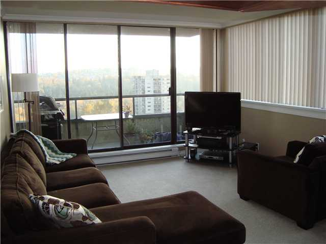 "Photo 2: 1604 3970 CARRIGAN Court in Burnaby: Government Road Condo for sale in ""DISCOVERY II"" (Burnaby North)  : MLS(r) # V919494"