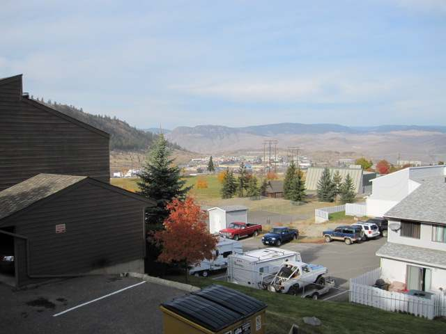 Photo 5: 1810 SPRINGHILL DRIVE in Kamloops: Sahali Residential Attached for sale (15)  : MLS(r) # 106510