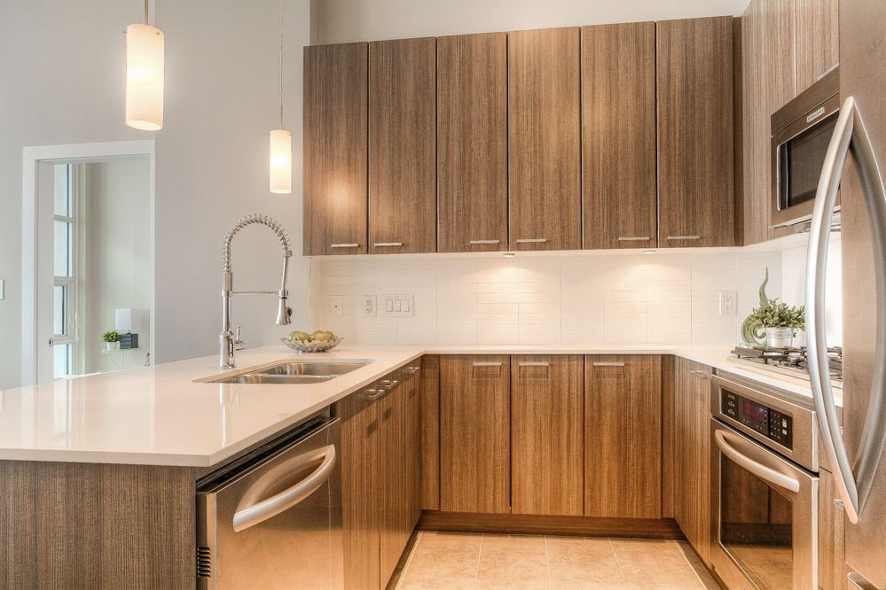 "Photo 4: 4203 2955 ATLANTIC Avenue in Coquitlam: North Coquitlam Condo for sale in ""THE OASIS"" : MLS(r) # R2023186"