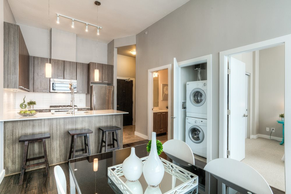 "Photo 6: 4203 2955 ATLANTIC Avenue in Coquitlam: North Coquitlam Condo for sale in ""THE OASIS"" : MLS(r) # R2023186"