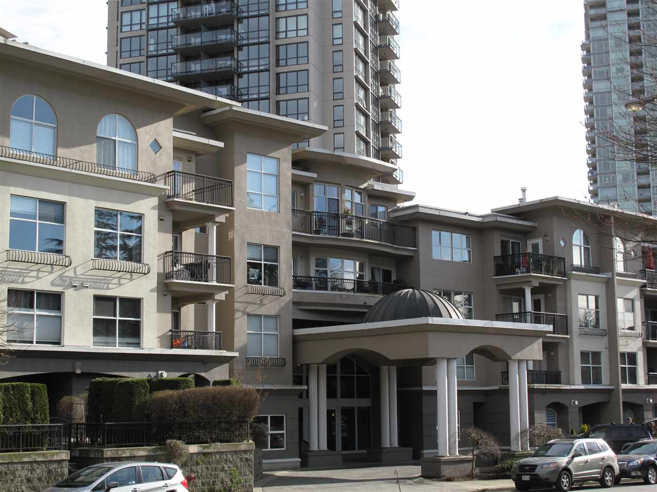 "Main Photo: 118 1185 PACIFIC Street in Coquitlam: North Coquitlam Condo for sale in ""CENTREVILLE"" : MLS(r) # R2038150"