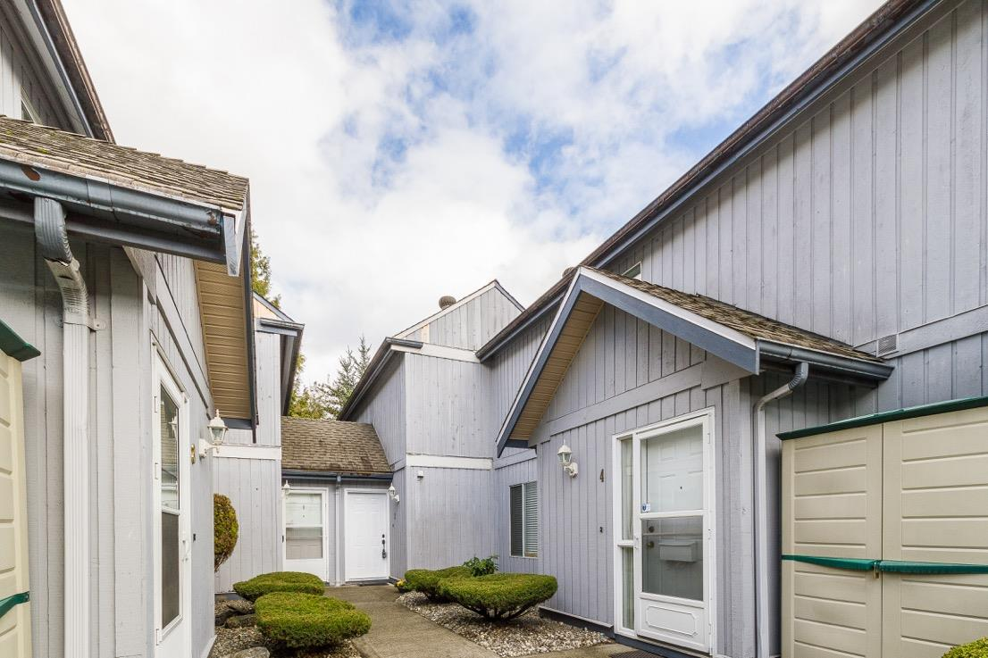 FEATURED LISTING: 2 - 12334 224 Street Maple Ridge