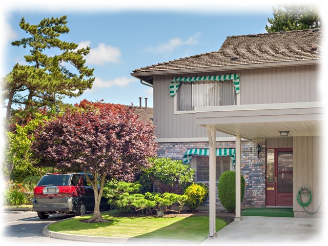 "Main Photo: 67 11771 KINGFISHER Drive in Richmond: Westwind Townhouse for sale in ""SOMERSET MEWS"" : MLS(r) # R2092478"