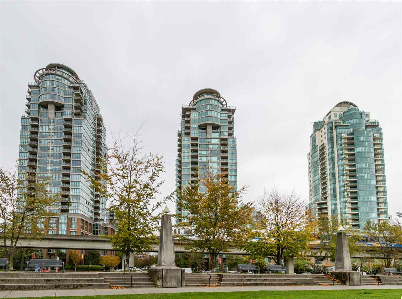 "Main Photo: 302 1128 QUEBEC Street in Vancouver: Mount Pleasant VE Condo for sale in ""THE NATIONAL"" (Vancouver East)  : MLS® # R2118433"