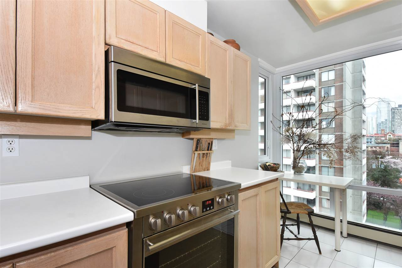 Photo 8: 803 1020 HARWOOD Street in Vancouver: West End VW Condo for sale (Vancouver West)  : MLS(r) # R2177586