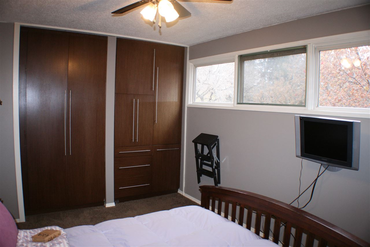 Photo 10: 20 SEYMORE Crescent: St. Albert House for sale : MLS(r) # E4069235