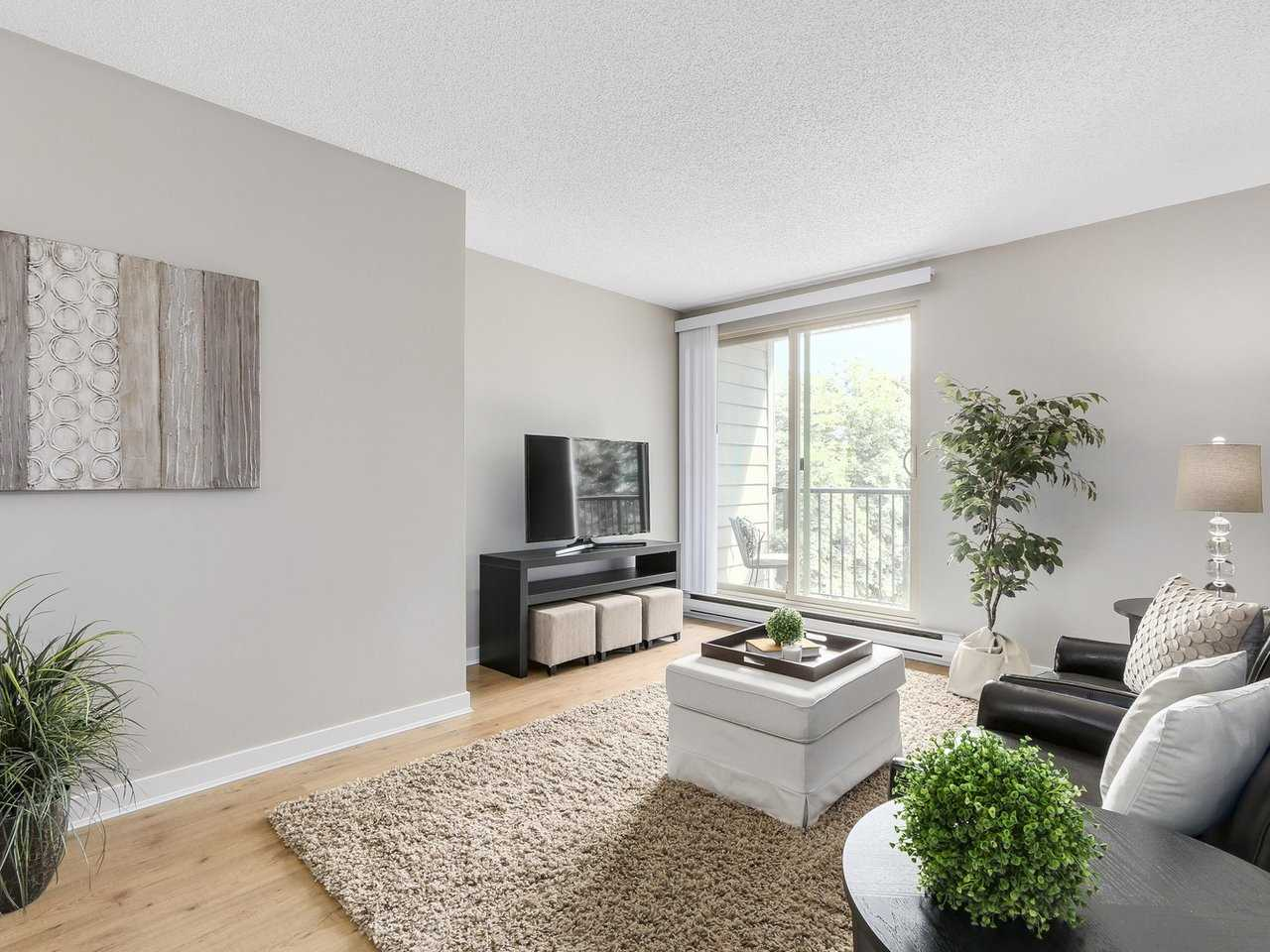 "Photo 4: 309 1121 HOWIE Avenue in Coquitlam: Central Coquitlam Condo for sale in ""THE WILLOWS"" : MLS(r) # R2179241"