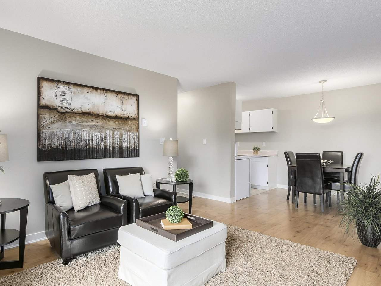 "Photo 5: 309 1121 HOWIE Avenue in Coquitlam: Central Coquitlam Condo for sale in ""THE WILLOWS"" : MLS(r) # R2179241"