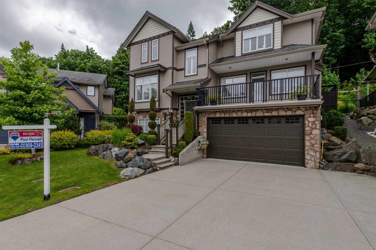 "Photo 1: 3872 KENSINGTON Court in Abbotsford: Abbotsford East House for sale in ""KENSINGTON PARK"" : MLS® # R2180750"