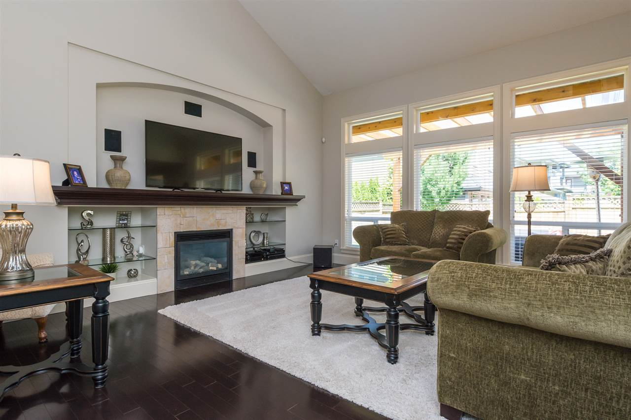 "Photo 2: 2656 162 Street in Surrey: Grandview Surrey House for sale in ""MORGAN HEIGHTS"" (South Surrey White Rock)  : MLS® # R2187205"