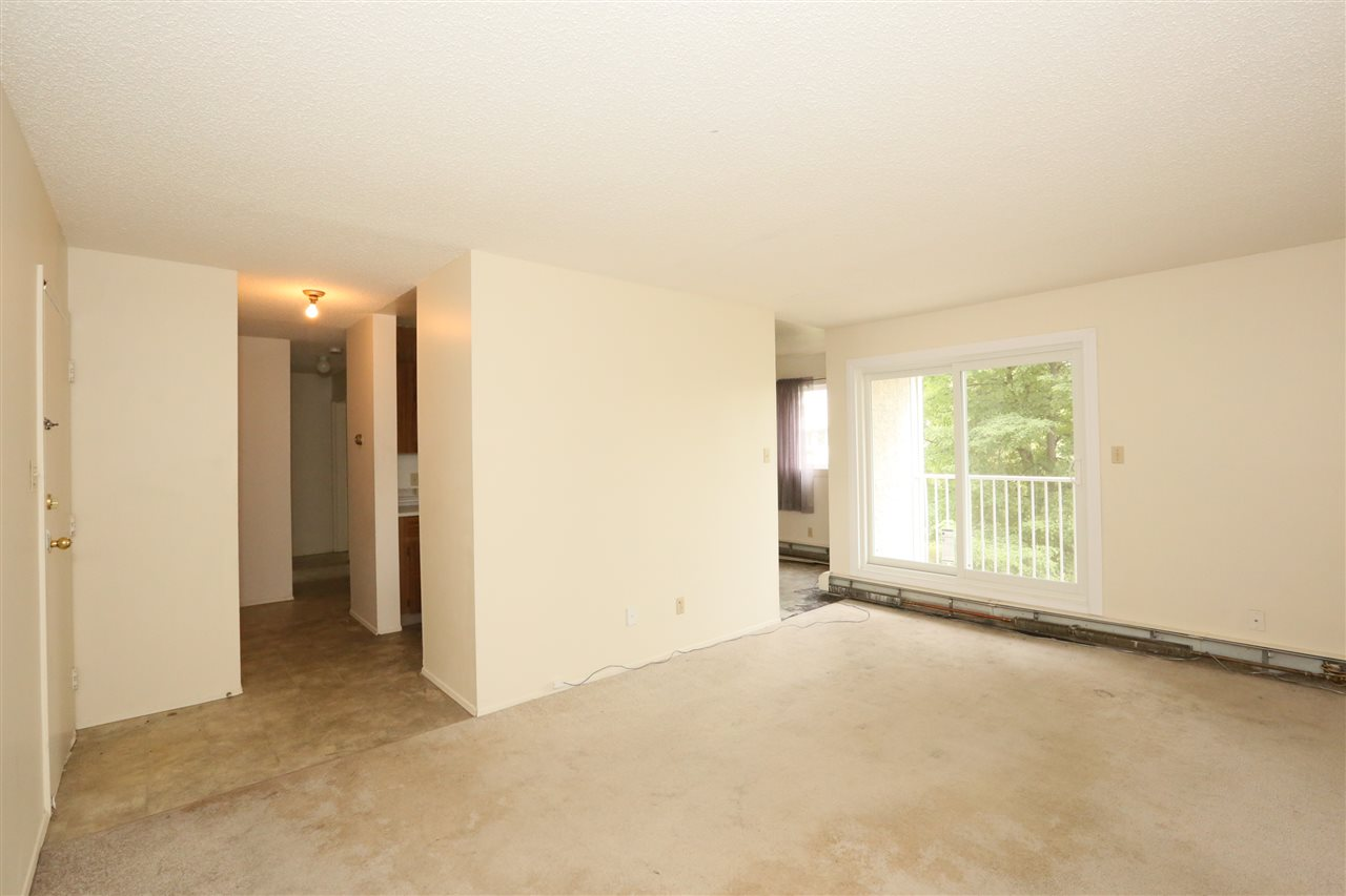 Photo 3: 29 11255 31 Avenue in Edmonton: Zone 16 Condo for sale : MLS® # E4073394
