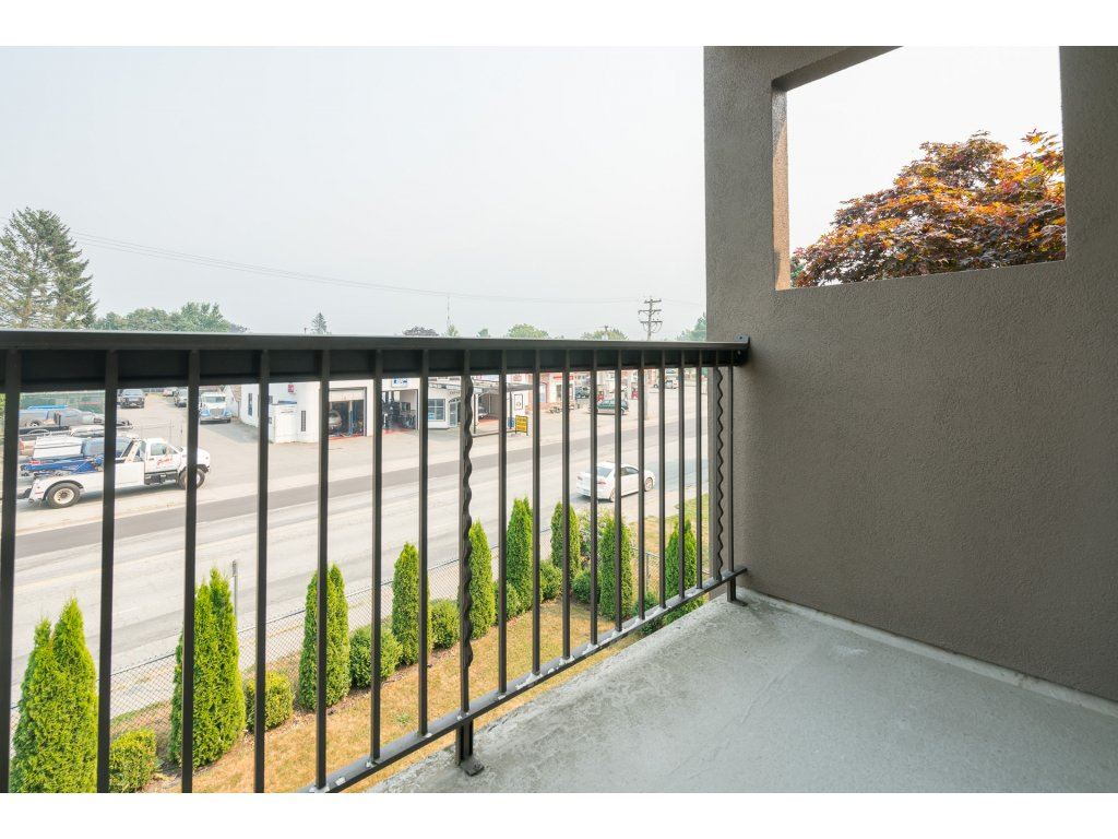 "Photo 15: 325 1783 AGASSIZ-ROSEDALE Highway: Agassiz Condo for sale in ""Northgate"" : MLS® # R2193234"