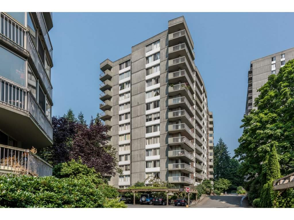 "Main Photo: 1009 2020 FULLERTON Avenue in North Vancouver: Pemberton NV Condo for sale in ""Woodcroft"" : MLS® # R2195892"