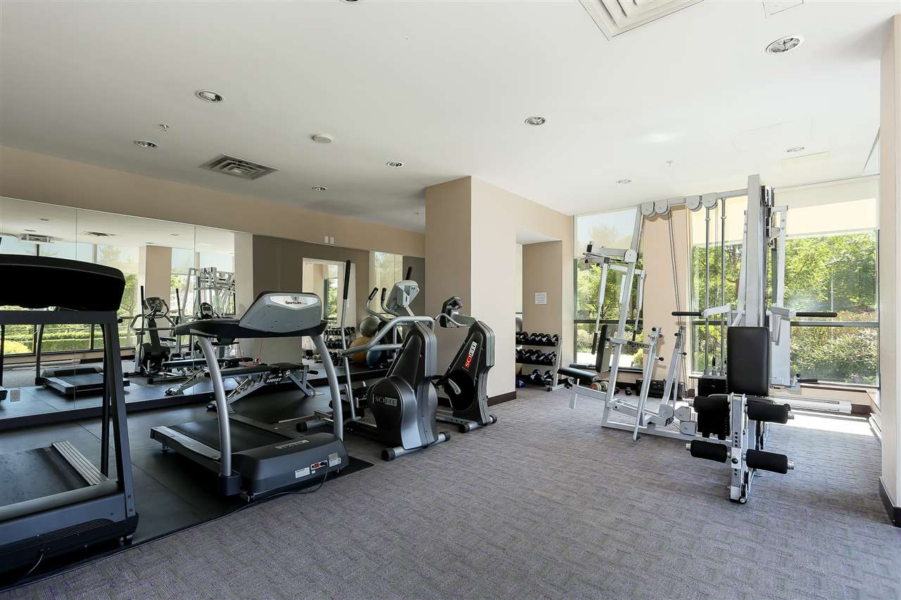Photo 20: 403 288 UNGLESS Way in Port Moody: North Shore Pt Moody Condo for sale : MLS® # R2196452