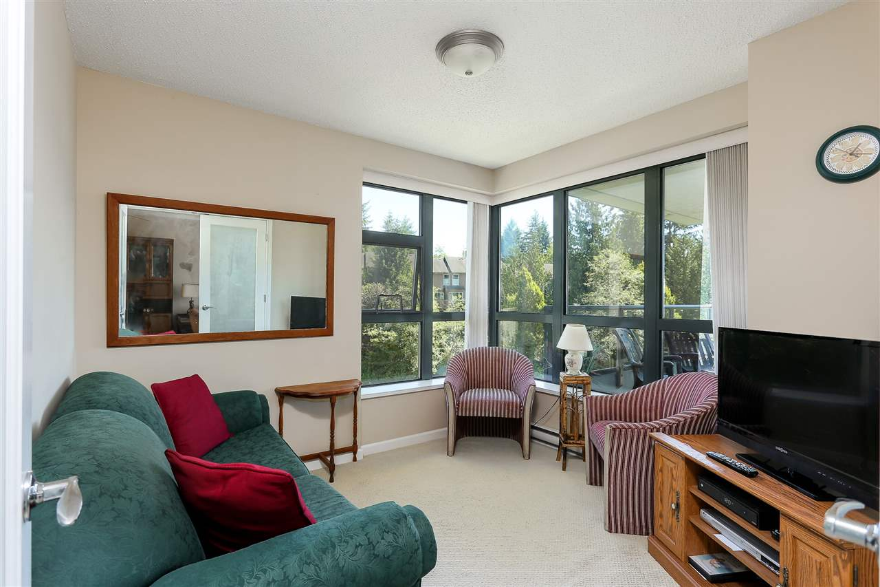 Photo 16: 403 288 UNGLESS Way in Port Moody: North Shore Pt Moody Condo for sale : MLS® # R2196452