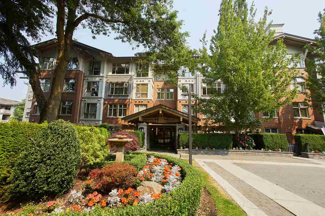 "Main Photo: 111 4883 MACLURE Mews in Vancouver: Quilchena Condo for sale in ""MATTHEWS HOUSE"" (Vancouver West)  : MLS® # R2204435"