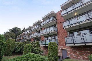 "Main Photo: 209 360 E 2ND Street in North Vancouver: Lower Lonsdale Condo for sale in ""EMERALD MANOR"" : MLS® # R2211175"
