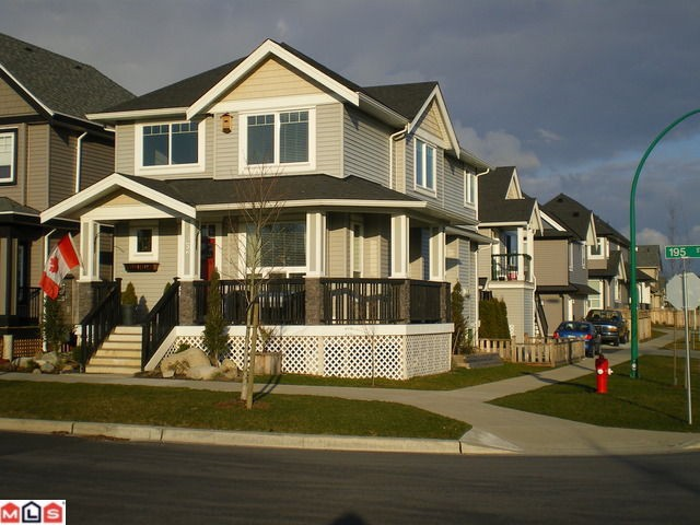 "Main Photo: 7052 195TH Street in Surrey: Clayton House for sale in ""Clayton Hill"" (Cloverdale)  : MLS(r) # F1106252"
