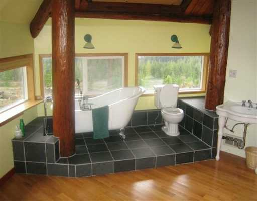Photo 5: Photos: 3451 CRYSTAL RD in Roberts_Creek: Roberts Creek House for sale (Sunshine Coast)  : MLS® # V591786