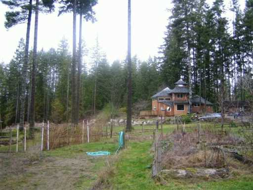 Photo 8: Photos: 3451 CRYSTAL RD in Roberts_Creek: Roberts Creek House for sale (Sunshine Coast)  : MLS® # V591786