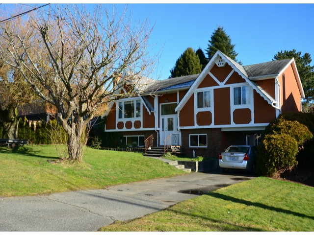 Main Photo: 1070 PARKER Street: White Rock House for sale (South Surrey White Rock)  : MLS® # F1400203