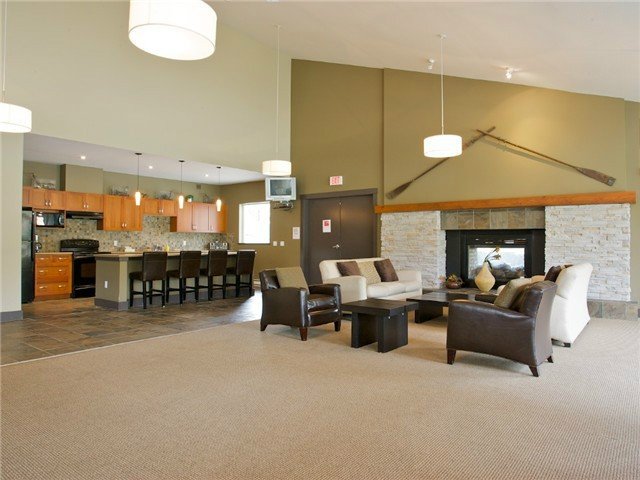 "Photo 34: 304 700 KLAHANIE Drive in Port Moody: Port Moody Centre Condo for sale in ""BOARDWALK AT KLAHANIE"" : MLS® # V1072484"