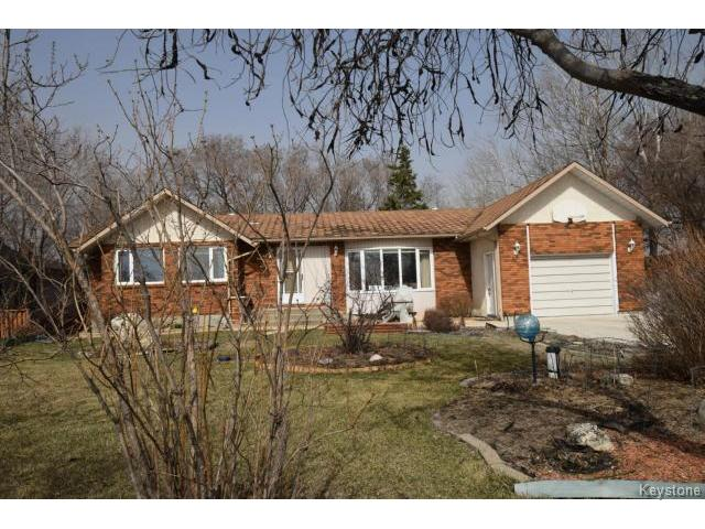 Main Photo: 571 ADDIS Avenue in WSTPAUL: Middlechurch / Rivercrest Residential for sale (Winnipeg area)  : MLS® # 1509147