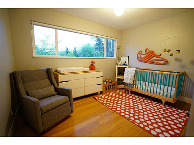 Photo 7: 3631 ST. CATHERINES Street in Vancouver: Fraser VE House for sale (Vancouver East)  : MLS® # V1119125