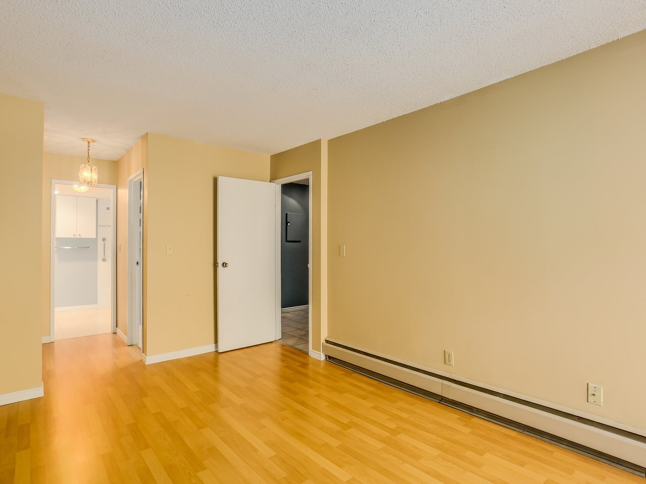 "Photo 9: 313 8760 NO 1 Road in Richmond: Boyd Park Condo for sale in ""APPLE GREENE"" : MLS(r) # R2004968"