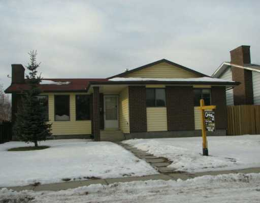 Main Photo:  in CALGARY: Rundle Residential Detached Single Family for sale (Calgary)  : MLS® # C3237307