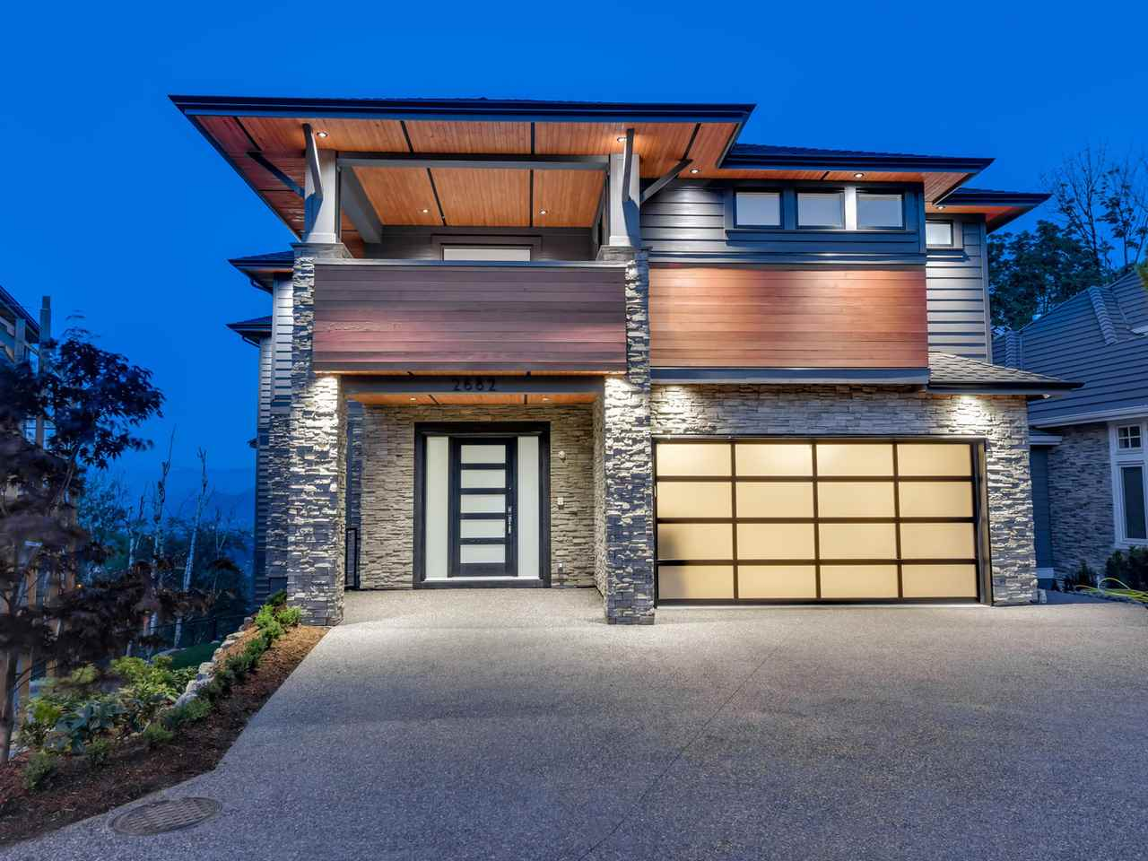 "Main Photo: 2682 AQUILA Drive in Abbotsford: Abbotsford East House for sale in ""Eagle Mountain"" : MLS®# R2071286"