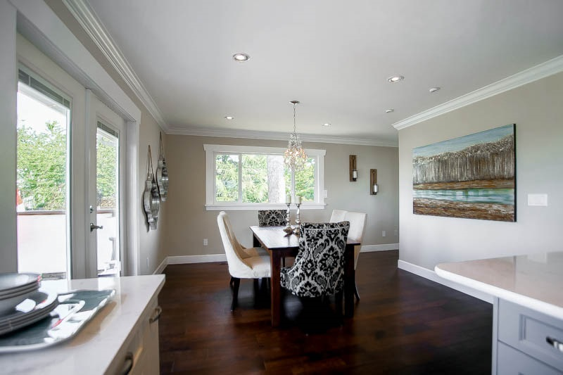 Photo 10: 13314 14A Avenue in Surrey: Crescent Bch Ocean Pk. House for sale (South Surrey White Rock)  : MLS® # R2074235