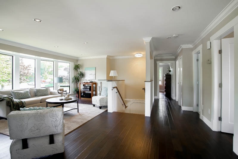 Photo 4: 13314 14A Avenue in Surrey: Crescent Bch Ocean Pk. House for sale (South Surrey White Rock)  : MLS® # R2074235