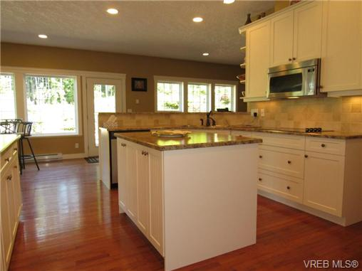 Photo 9: 2923 Sarah Drive in SOOKE: Sk Otter Point Single Family Detached for sale (Sooke)  : MLS® # 366074